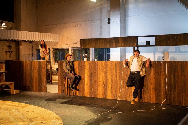 Theater_Die_Ueberfluessigen_©_Mathias_Voelzke